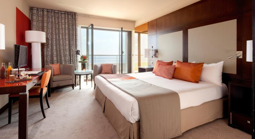 hotel hyatt regency nice palais de la m diterran e. Black Bedroom Furniture Sets. Home Design Ideas