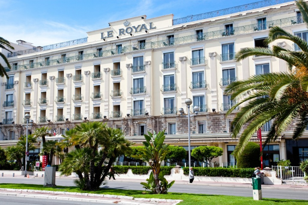 Hotel nice le royal for Hotels 2 etoiles nice